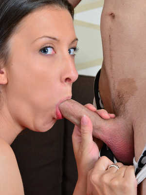 You give simone delilah a hairy creampie after a pov date